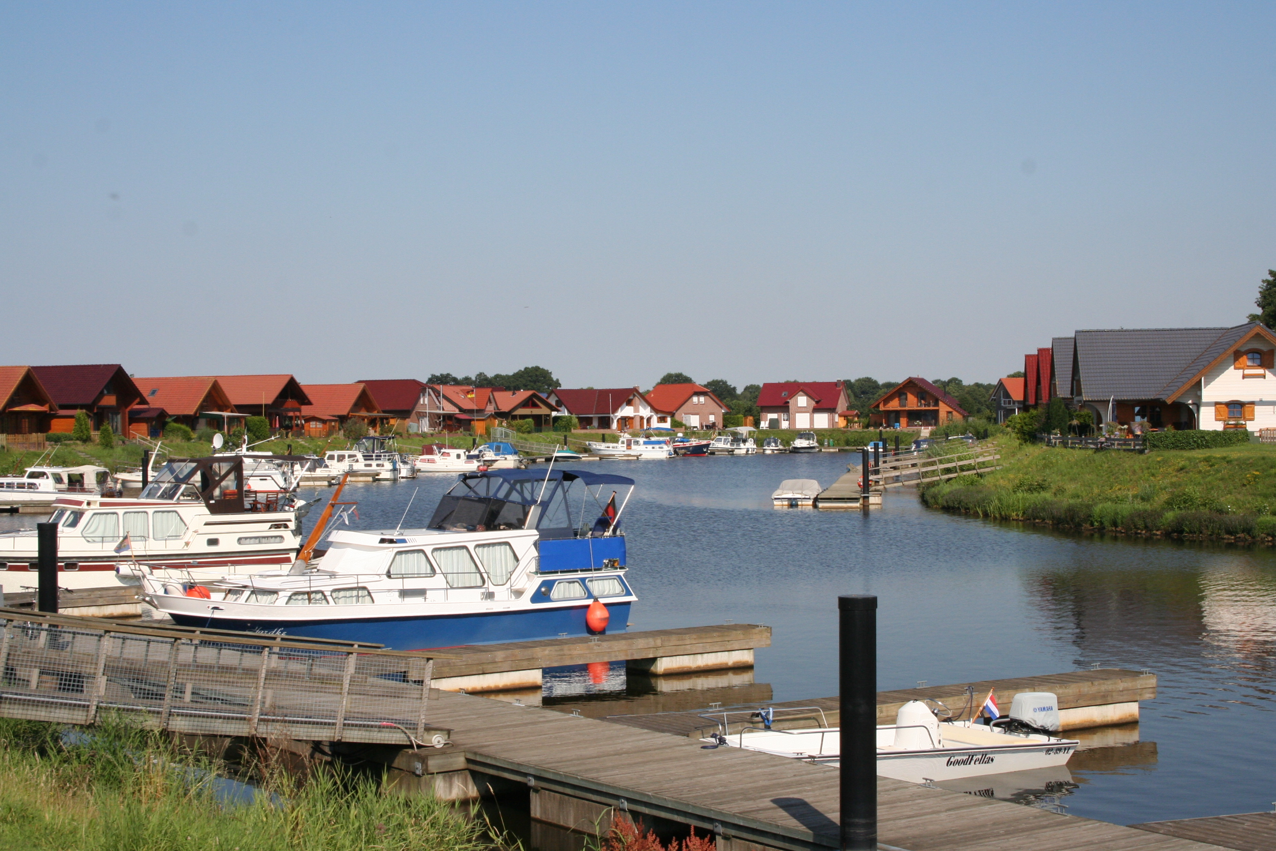 Marinapark Emstal Wohnen am Wasser